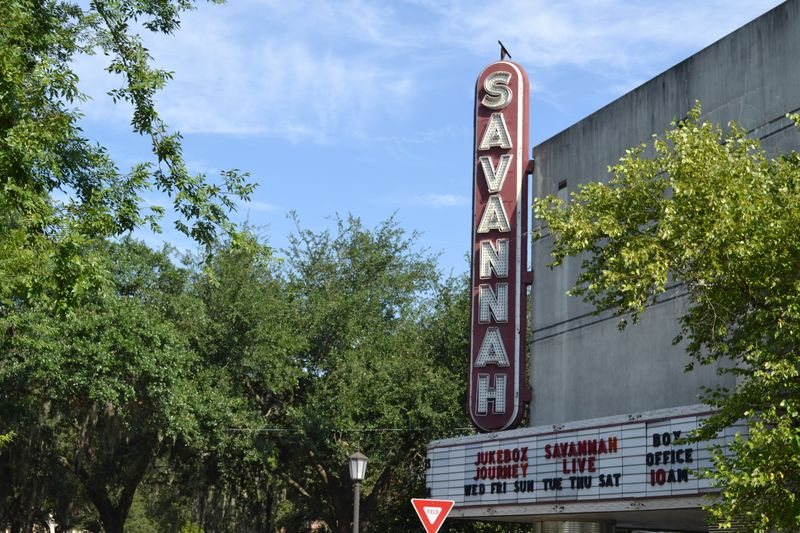 04 SAVANNAH THEATER1