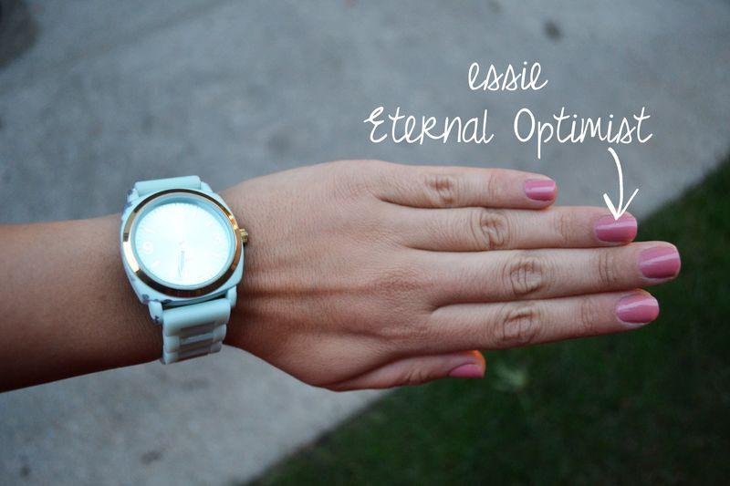 Red & navy outfit nail polish writing