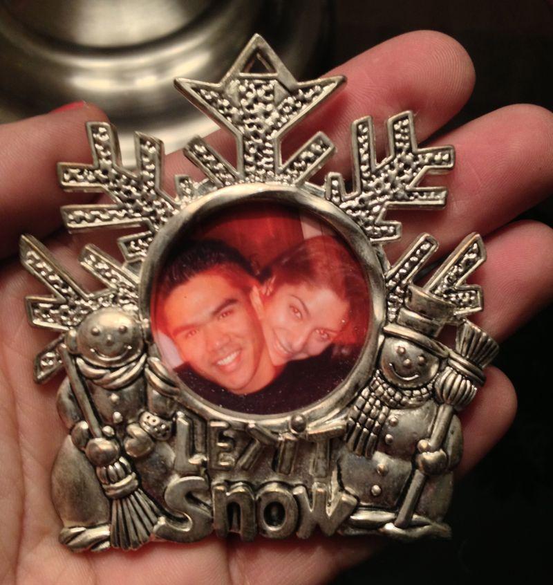 Me&tomas ornament