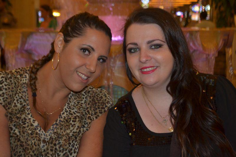 18 danielle & rebecca