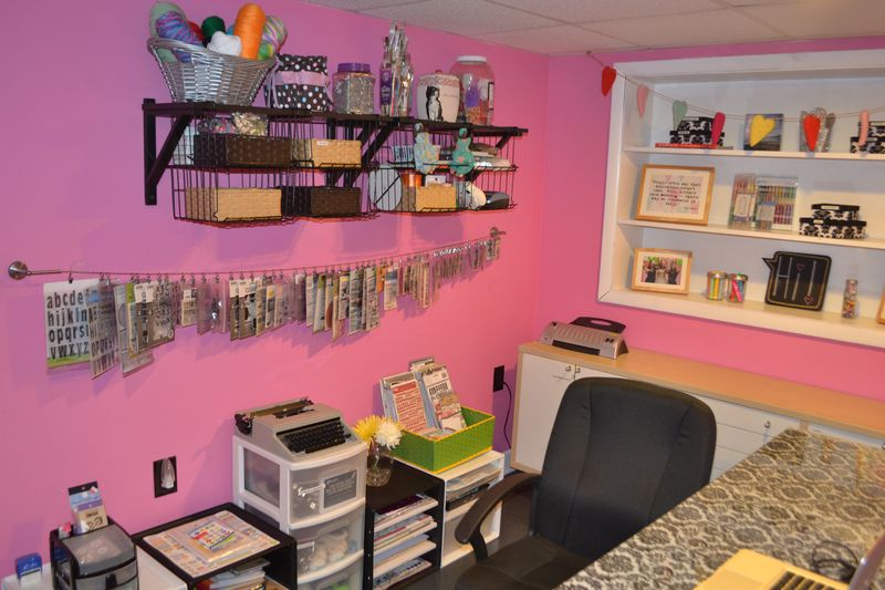 Mega Pink Craftroom Reorganized 02 | Amanda Rose blog